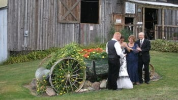 Permalink to: Barn Weddings